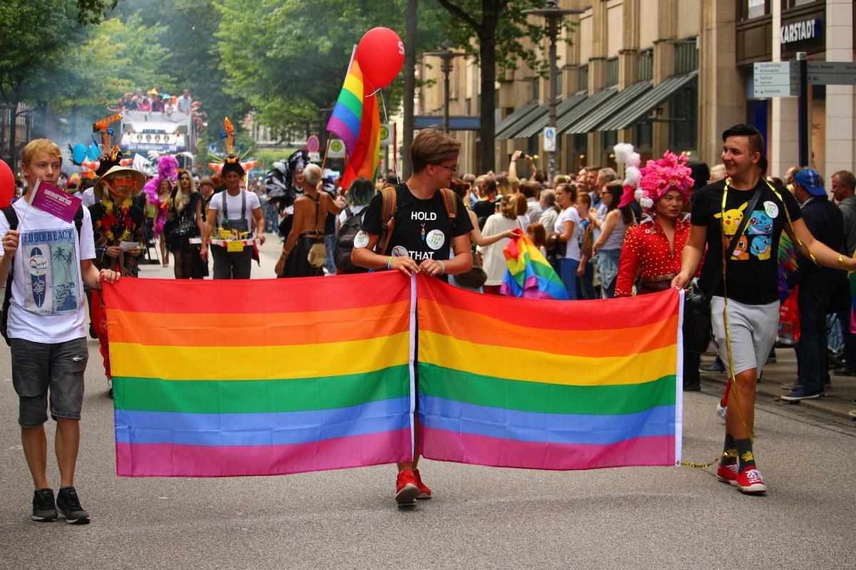 Het overspannen, verwrongen debat over IQ en homo's